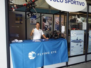 salon flying eye